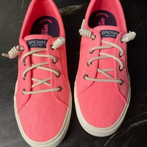 Hot pink Sperrys!! 😍😍😍